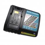 Chargeur pour batteries de type Makita Makstar Li-ion coulissantes - 3,0A - 14,4V - 18V / Li-Ion